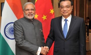 India PM Narendra Modi and China PM Li Keqiang in Malaysia
