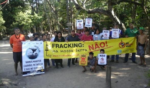 Nao Fracking Brasil campaign