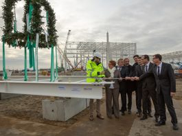 Topping ceremony of Siemens's Cuxhaven facility