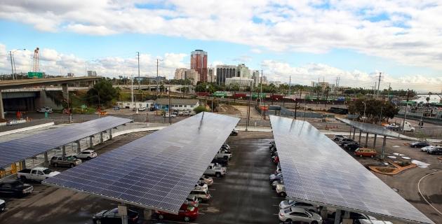 solar-panels-at-long-beach-container-terminal-photo-glen-marzano