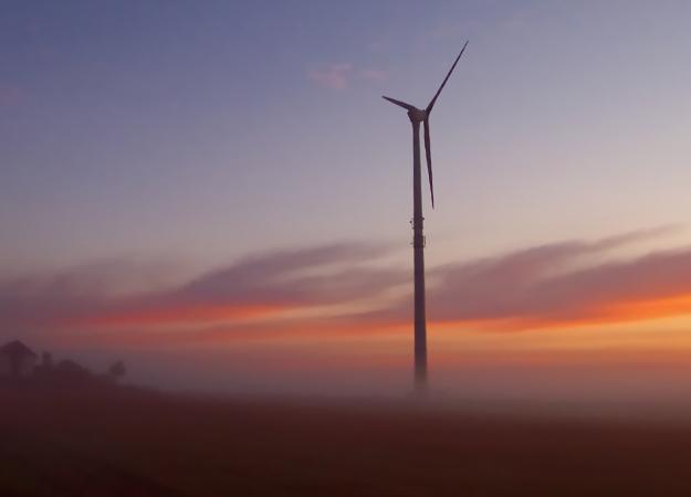 Generic-wind-turbine-credit-sxc1