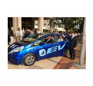 Honda starts deliveries of 2013 Fit EV battery-electric vehicle to reduce CO2 emissions